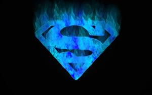 Supermann blaue flamme